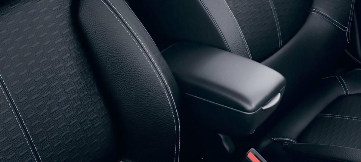 Renault Captur - Negro Apoyabrazos (Renault Original)