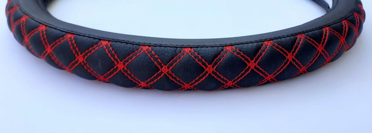 Dacia - Steering wheel cover Red braid