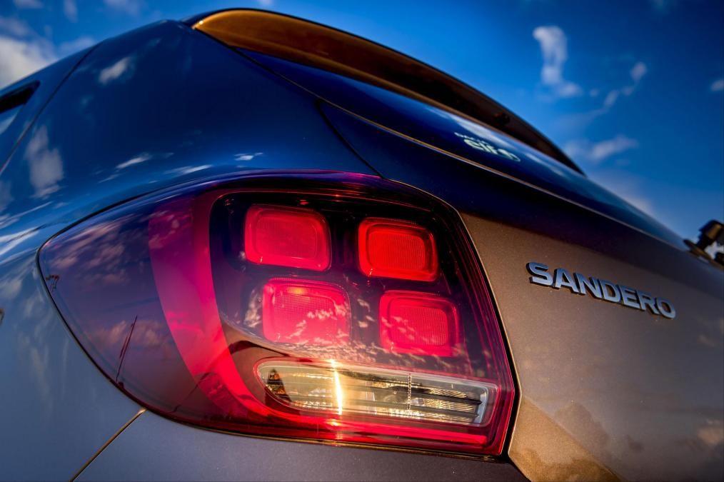 Sandero II (2017-presente) - Faro trasero izquierda (Dacia Original)