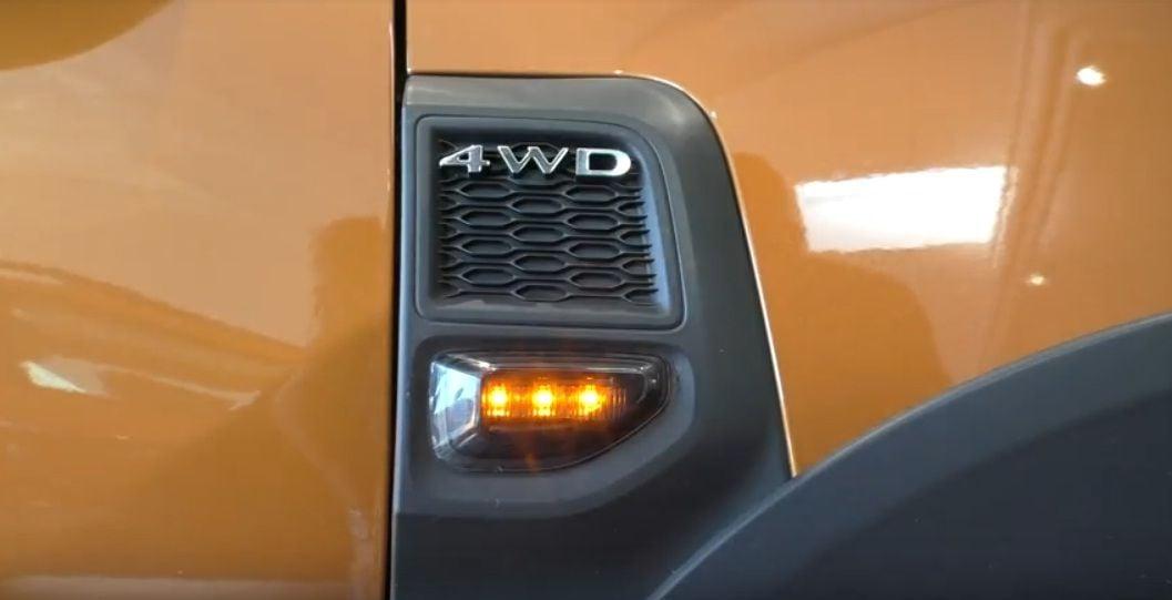 Duster II (2018-2021) - Luces de posición laterales con LED