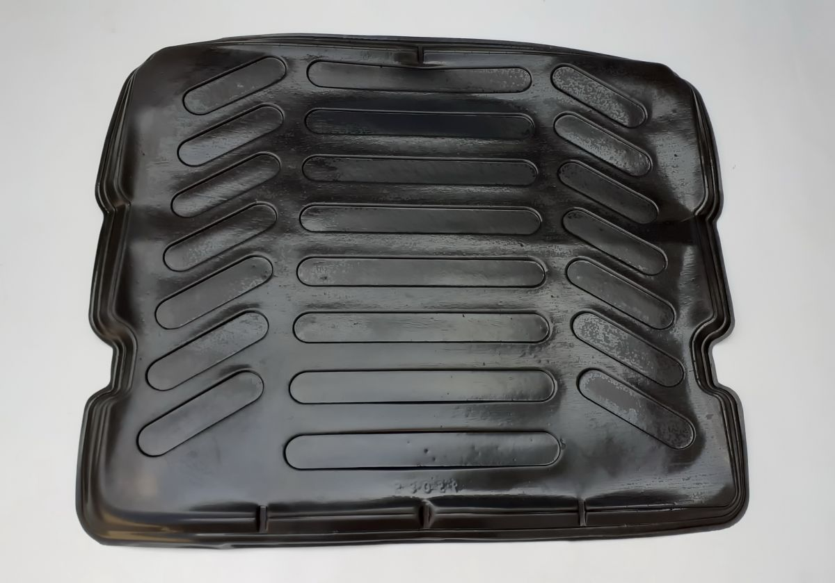 Duster 4x4 (2013-2017) - Boot protection tray