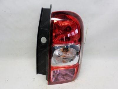 Duster (2013-2017) - Tail light right (Dacia Original)