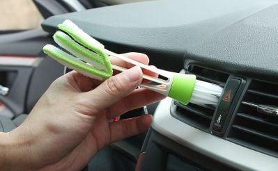 Brosse de nettoyage de voiture à double extrémité avec microfibre