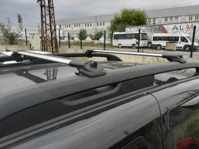 Duster II (2018-2021) - Premium barres de toit transversales- argent brillant