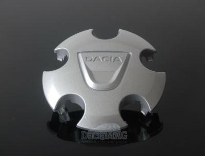 Duster - Hubcap with Dacia Logo (Dacia Original)