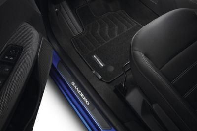Dacia Sandero III - Door sills (Dacia Original)