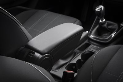 Duster II (2018-2021) - Premium Apoyabrazos Edición Negra