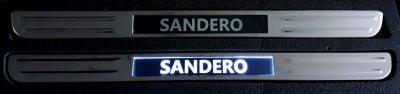 Sandero II / Sandero III - Einstiegsleisten beleuchtet - Vorne