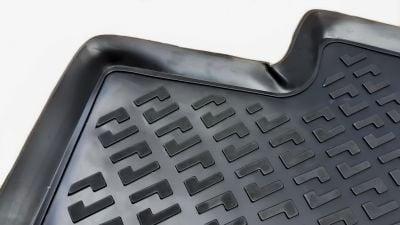 Duster II (2018-2021) 4x4 - Esteras del piso de goma con bordes elevados
