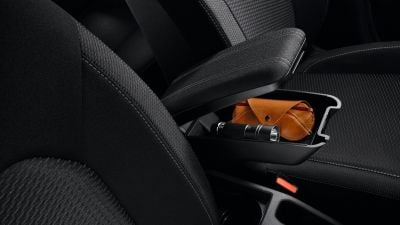 Duster II (2018-2021) - Black armrest (Dacia Original)